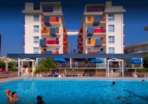 Orient pacific piscina